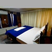 3 bedroom houseboat alleppey